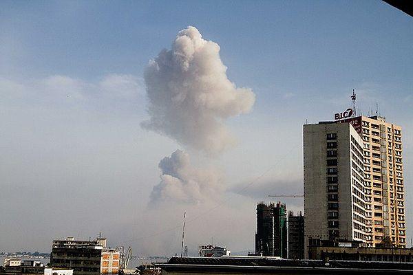 Olbrzymie eksplozje w składzie amunicji - 200 zabitych