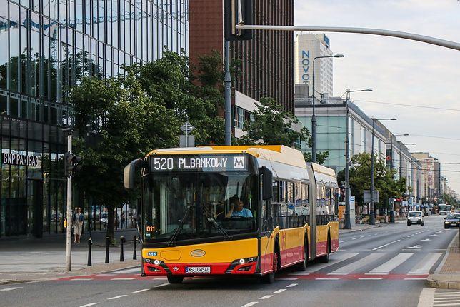 Warszawa. Nowe, ekologiczne autobusy na warszawskich ulicach
