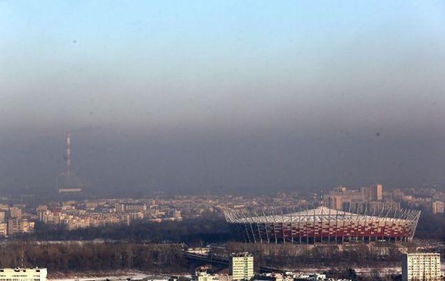 Ratusz znów ostrzega przed smogiem. Normy mogą zostać po raz kolejny przekroczone