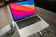 MacBooki z M1 w praktyce, różnice pomiędzy Air a Pro, który model kupić i na co zwrócić uwagę