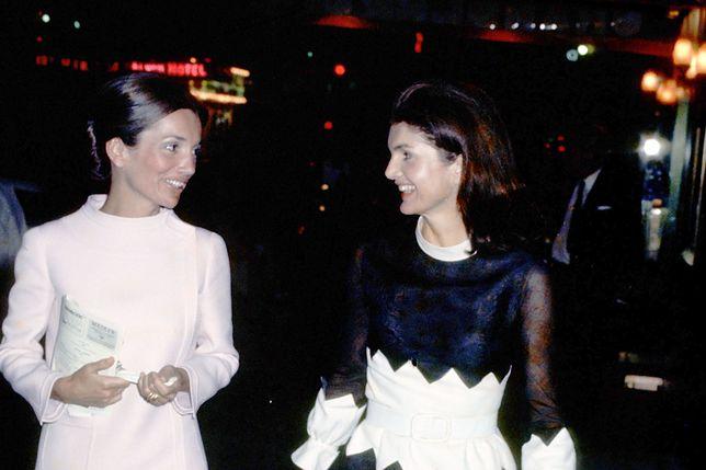 Lee Radziwiłł i Jackie Kennedy-Onasis w 1970 r.