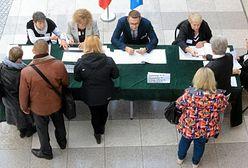 Referendum w Wieliszewie nieważne, Ożarów przeciw metropolii, Podkowa Leśna za samodzielnością