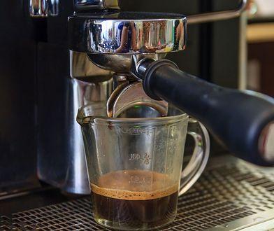 Kawa z automatu. Czy może być zdrowa?
