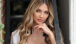 """Caroline z """"Love Island"""" w bikini wygląda jak bogini. Tylko spójrzcie na te zdjęcia"""
