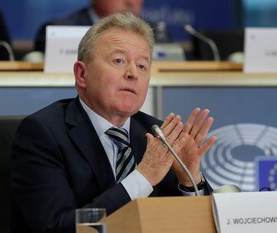 Janusz Wojciechowski unikał odpowiedzi na wiele zadawanych mu pytań