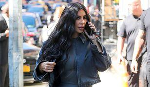 Kim Kardashian dostała od męża milion dolarów.