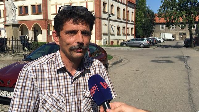Premier Morawiecki zapowiedział, że każdy uczeń rozpoczynając rok szkolny dostanie 300 zł