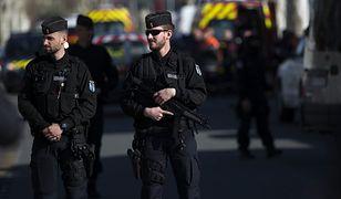 Napastnik, który strzelał w Trebes, zginął po wymianie ognia z policją