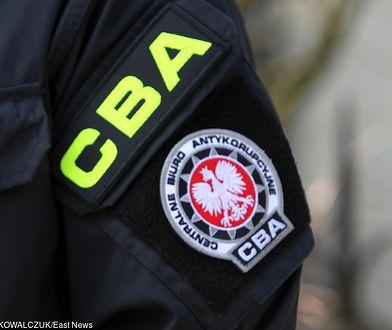 Funkcjonariusze Centralnego Biura Antykorupcyjnego zatrzymali w środę cztery osoby