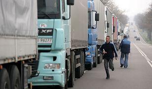 Kierowca tira może legalnie przejechać 10 tys. km w miesiącu