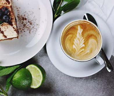 Co zrobić, by kawa z domowego ekspresu smakowała jak z kawiarni?
