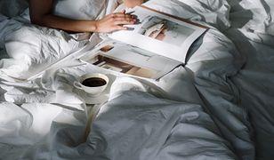 Pijesz kawę od razu po przebudzeniu? To nawyk, który może ci zaszkodzić