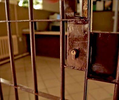 Obecnie w więzieniach przebywa 74 tys. osób