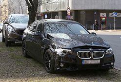 Wypadek limuzyny Bartosza Kownackiego. ŻW: kierowca wiceszefa MON został ukarany mandatem