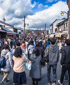 """""""Turystyka koronawirusowa"""". Japońskie miasto zaprasza odważnych turystów"""