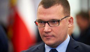 """Zamieszki w USA. Paweł Szefernaker przypomina polską blokadę Sejmu. """"Pasztet"""""""