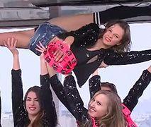 Występ dziewczyn z Cheerleaders Gdynia