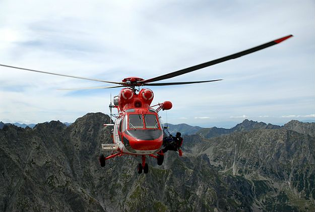 Dwie akcje ratunkowe w Tatrach. Jeden turysta nie żyje