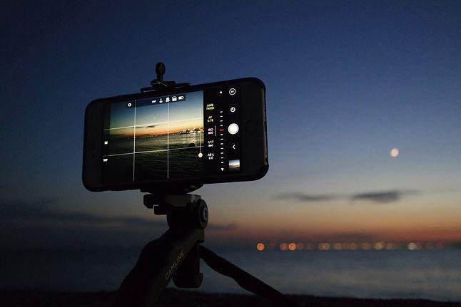 Smartfon to często jedyny aparat cyfrowy na wakacyjnym wyjeździe.