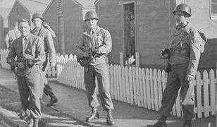 Żołnierze 506. Pułku Piechoty Spadochronowej w trakcie szkolenia w Camp Toccoa. 1942 r.