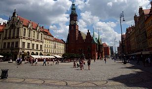 Wrocław przyjmie repatriantów. Tak zdecydowali miejscy radni