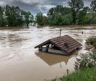 Irak: co najmniej 21 śmiertelnych ofiar powodzi. Kilkadziesiąt tysięcy osób opuściło swe domy