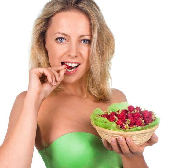Pomelo: właściwości. Jak jeść i obierać pomelo? Jak rośnie ten owoc?