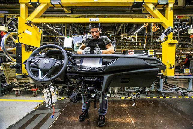 Gama Opla potrzebuje szybkiego wzbogacenia o hybrydy (również plug-in) i auta bezemisyjne