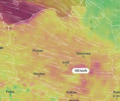 W sobotę nad ranem silne wichury. Mapa porywów wiatru.