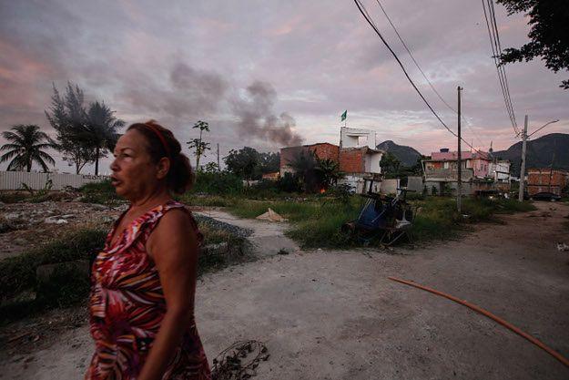 Częściowo zniszczona fawela Vila Autodromo