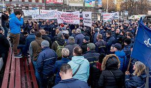 W kilkunastu miastach Polski protestują listonosze