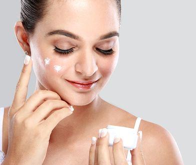 Maska do skóry wrażliwej zapobiegnie uczuciu dyskomfortu na twarzy