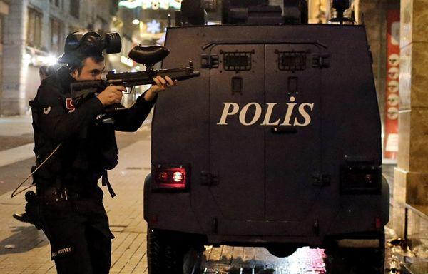 Turcja: kolejne czystki w policji - w Ankarze zwolniono setki policjantów