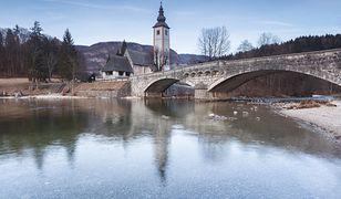 Koronawirus na świecie. Polscy turyści mogą wjeżdżać na teren Słowenii
