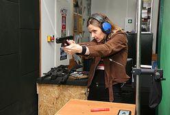 """Joanna Koroniewska uczy się strzelać. Wszystko ze względu na nową rolę w serialu """"Ślad"""""""