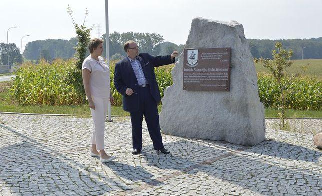 W piątek 25 maja został poświęcony kamień węgielny pod budowę nowego kompleksu w gminie Jasienica
