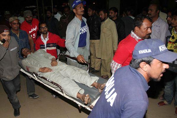 Ofiara zamachu w Karaczi
