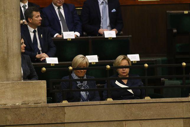 Przyłębska i Gersdorf razem na orędziu prezydenta. Były uśmiechy i przeglądanie dokumentów