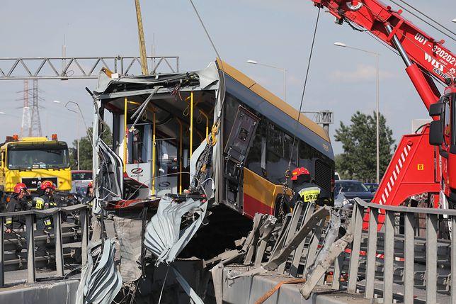 Warszawa. Wypadek autobusu. Zdecydowano o areszcie dla kierowcy (zdjęcie ilustracyjne)