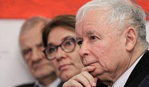 Beata Mazurek twierdzi, że Jarosław Kaczyński nie nakłaniał Austriaka do wręczenia księdzu koperty