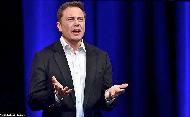 Musk skasował konta SpaceX i Tesli. Wystarczyła zaczepka internauty