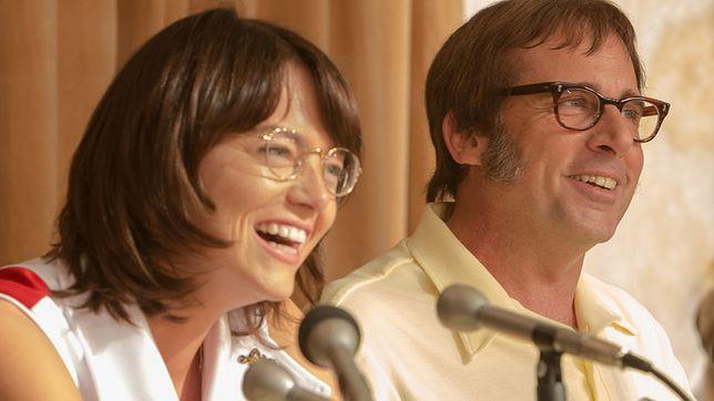 W główne role wcielili się Emma Stone oraz Steve Carell