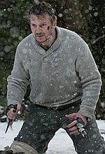 ''Przetrwanie'': Krwawy zwiastun starcia Neesona z wilkami [wideo]