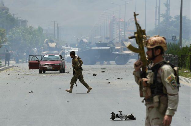 Afgańskie służby bezpieczeństwa w pobliżu miejsca zdarzenia