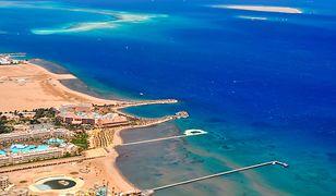 Hurghada kusi wspaniałymi plażami oraz idealnymi warunkami do nurkowania