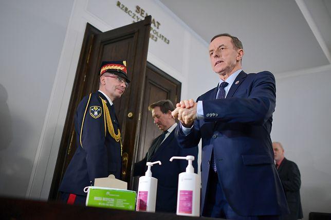"""Koronawirus z Chin. Tomasz Grodzki podejmuje decyzję ws. Senatu. """"Można? Można!"""""""