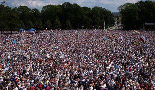 Jasna Góra. Tysiące pielgrzymów w Częstochowie.