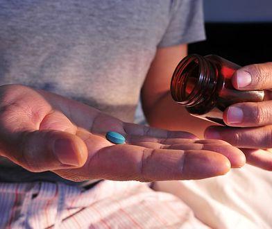 Według raportu, wystarczy jedna dawka leku, aby zwalczyć wirusa