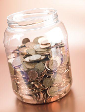 Polacy zarabiają dwa razy więcej niż Litwini i Łotysze