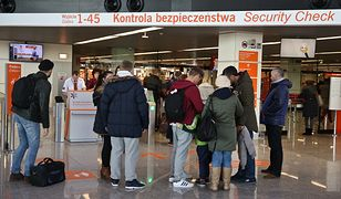 Od 12 stycznia  funkcjonariusze SG podczas odprawy przy wyjeździe z Polski stwierdzili nieważność 270 dowodów osobistych